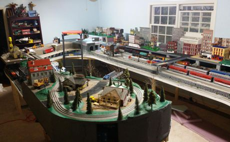 Tackindy O Gauge Model Train Layout