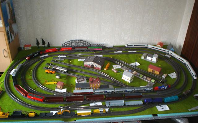 Marklin Ho C Track Layout 205x120